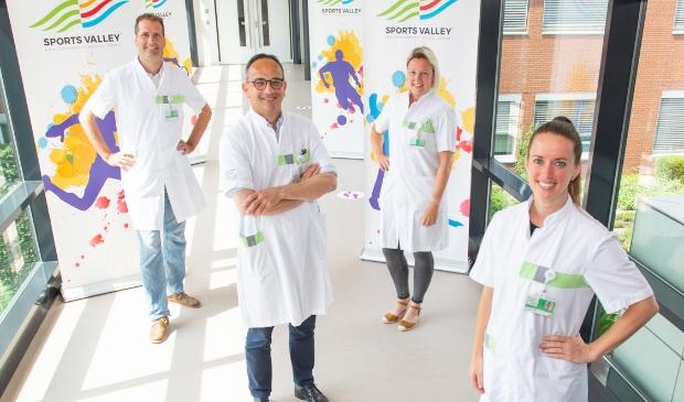 <p>Radiologen Christiaan van Manen en Bas Maresch en topsportartsen Petra Groenenboom en Moniek van Heumen (vlnr).</p>