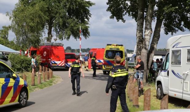 Hulpdiensten bij de haven van vakantiepark RCN Zeewolde. Roy Oostindie © BDU media
