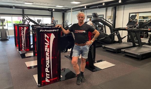 <p>Sportschoolhouder Bert de Waal heeft op 1350 vierkante meter de modernste fitnessapparatuur. ,,Een schitterende sportschool voor iedereen.&#39;&#39;</p>