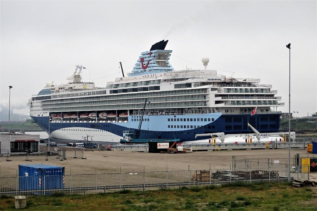 IJmondhaven Hans Blomvliet © BDU media