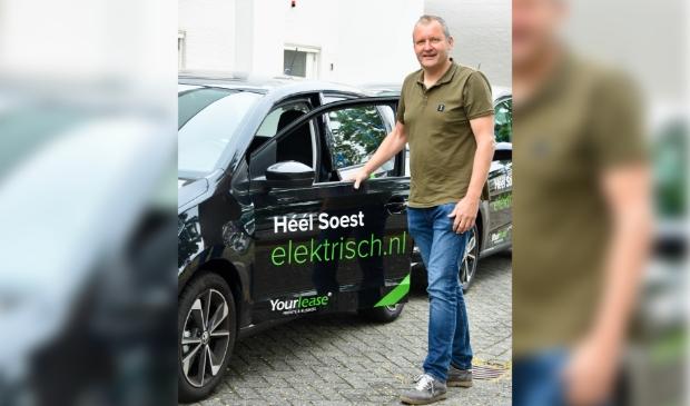<p>Ook Robert Smeeing ondersteunt met Auto Smeeing jonge slachtoffers van verkeersongevallen.</p>