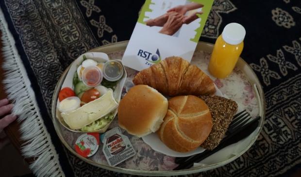 Verrassingsontbijt voor cliënten van RST in Kootwijkerbroek