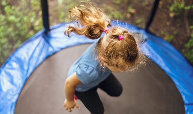 spelende kinderen kunnen geluidsoverlast geven aan buren