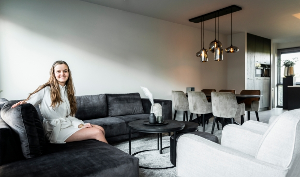 <p>Annelieze van Middendorp wilde per s&eacute; een hoekbank in de woonkamer.</p>
