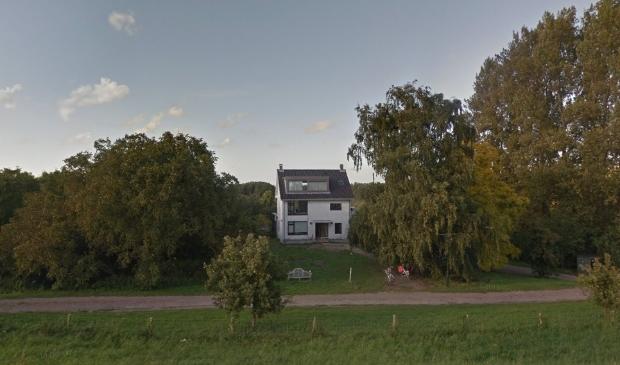 <p>Landgoed de Fazant aan de Waaldijk&nbsp; bij Dalem</p>