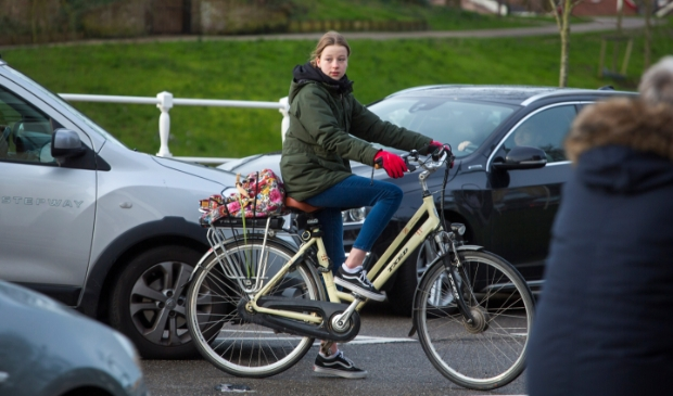 Nederland, Alkmaar februari 2020 Fietsers in het verkeer tbv Veiligheid in het verkeer Provincie Noord-Holland COPYRIGHT DIGITAL IMAGE 2020 BAS BEENTJES