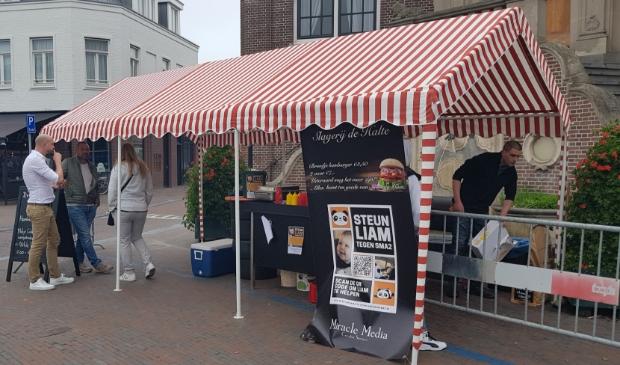 <p>De slagerij haalde een mooi bedrag op voor de zieke Liam uit Zandvoort.</p>