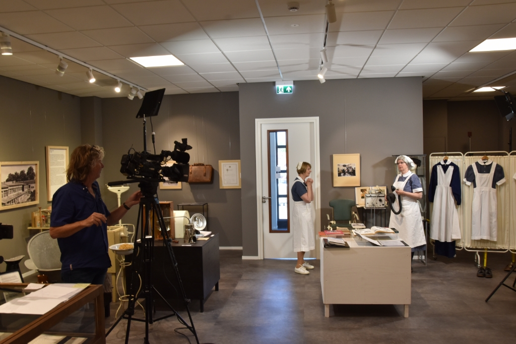 Filmopnames van de expositie 'Naar De Dokter'. Joost Verhoef © BDU media
