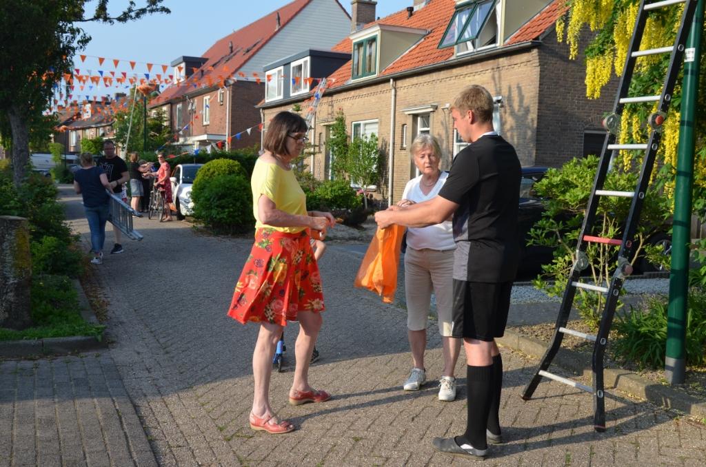 Iedereen helpt mee Ali van Vemde © BDU media