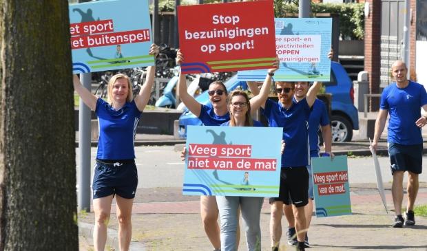 <p>Deze mensen kwamen snel in actie ten behoeve van de sport in Haarlemmermeer.&nbsp;</p>