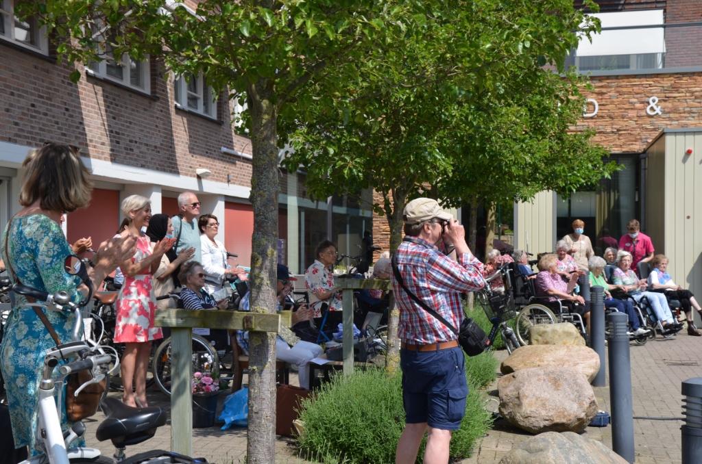 De bewoners genieten Ali van Vemde © BDU media