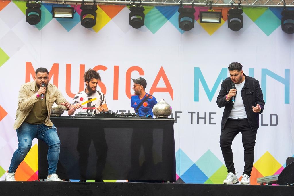 Musica Mundo  DJ collectief Yallah Yallah Rinus van Denderen © BDU media