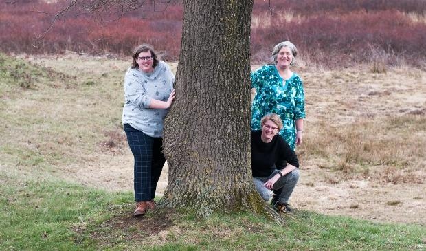 <p>Beatrix Willemsen, Carola Veldhuizen en Lydia van Ravenhorst zijn de organisatoren van de Vrouwendag &nbsp;op zaterdag 3 juli in Barneveld.</p>