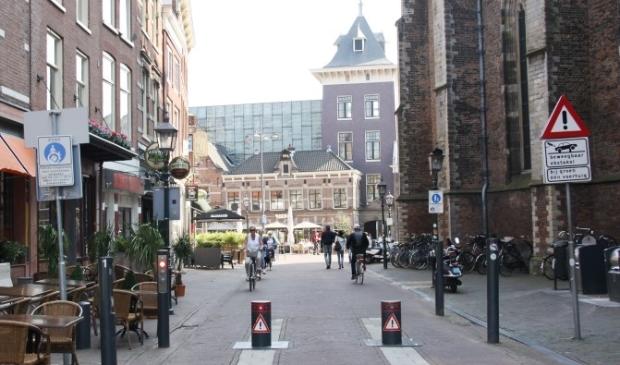 <p>Op meerdere plekken in de stad staan verzinkbare verkeerspalen.&nbsp;</p>