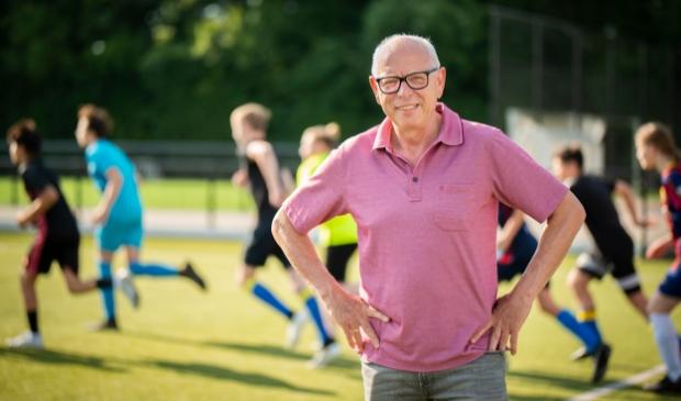 <p>Evert Haverkamp, interim-voorzitter van VV Barneveld, ziet nieuwe kansen voor de voetbalvereniging nu de club stopt met zondagvoetbal.</p>