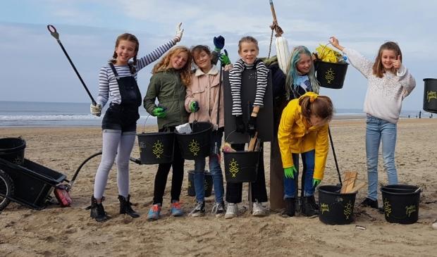 <p>Het doel van de wandeling is om volwassenen en kinderen bewust te maken van het afvalprobleem op het strand.</p>