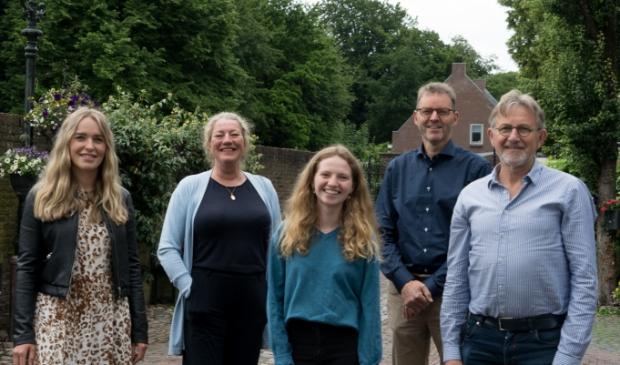 <p>De bestuursleden van Open - Wijk bij Duurstede.</p>