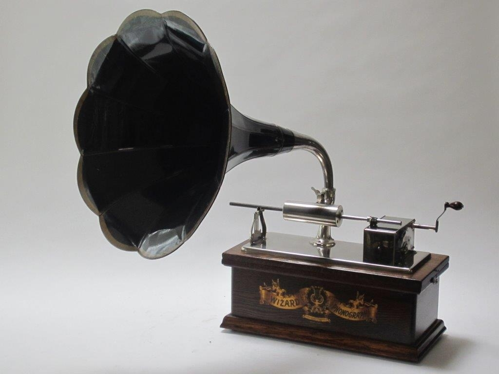 Enkele voorbeelden die in het Pop Up Museum te zien zullen zijn. Zandvoorts Museum © BDU Media
