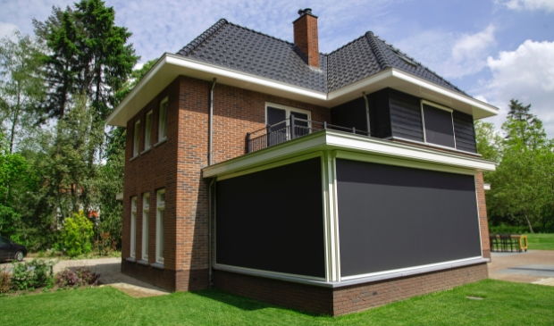 <p>Screens van SunCircle bij een woning in Amersfoort.&nbsp;</p>