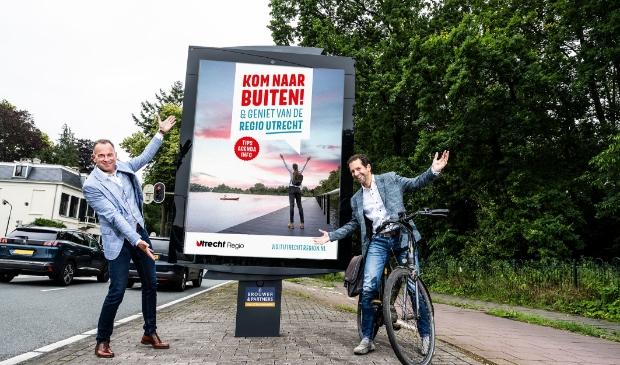 Lancering Buitenleven campagne door Michiel van der Schaaf (links) en gedeputeerde Arne Schaddelee (rechts).