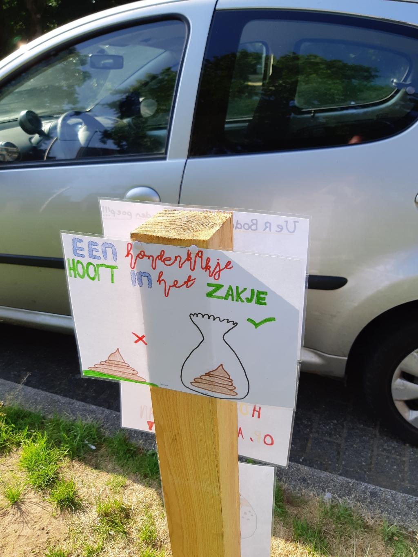 Posters gemaakt door leerlingen uit groep 7 van De Koepelschool. Arjan Ros © BDU Media