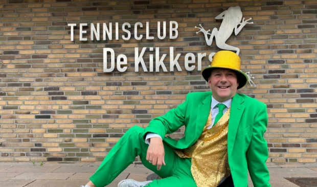 Veilingmeester en Hoofdsponsor Rik Balder van Boekuwzending.com