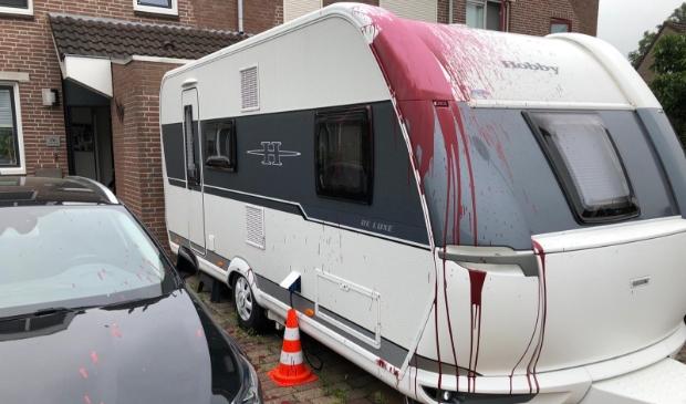 <p>De besmeurde caravan</p>