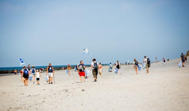 Boskalis Beach Cleanup Tour. Stichting De Noordzee © BDU Media