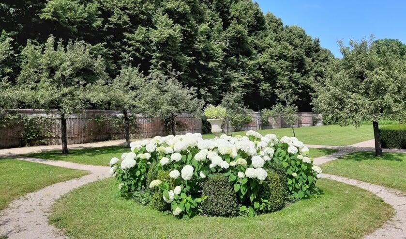 Maandelijkse rondleiding huis en tuinen Beeckestijn