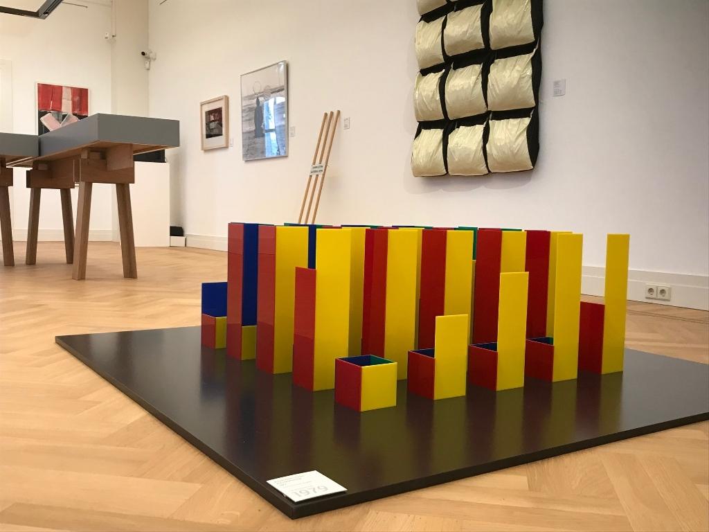 In de expositie is uniek werk te zien van bekende namen als Karel Appel en Co Westerik.  Gorcums Museum © BDU media