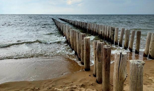 """,,Juni 2021, strand van Vlissingen. Niet heel erg mooi weer maar dat geeft de mooiste foto's.""""  Ingrid van de Pol © BDU Media"""