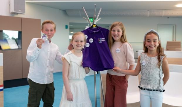 <p>Levi, Sophie, Josephine en Kiki (van links naar rechts) vormen het nieuwe Kindercollege van Ede.</p>