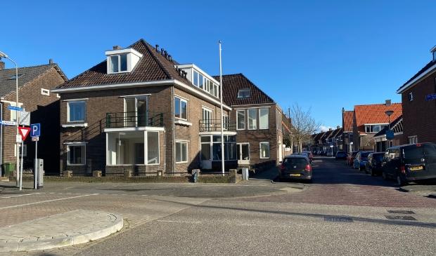 <p>Het markante pand is vroeger een kantoorpand geweest van Boskalis en ligt centraal in Sliedrecht achter het gemeentehuis.</p>