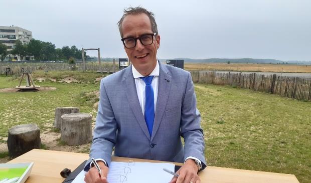 <p>Wethouder Harke Dijksterhuis ondertekende namens de gemeente Nijkerk de regionale Woondeal.</p>