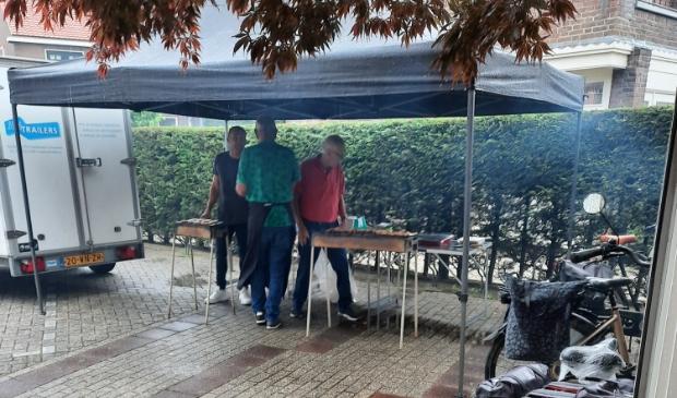<p>De BBQ werd voor het eerst gehouden in de Voorhof bij de Gereformeerde kerk</p>