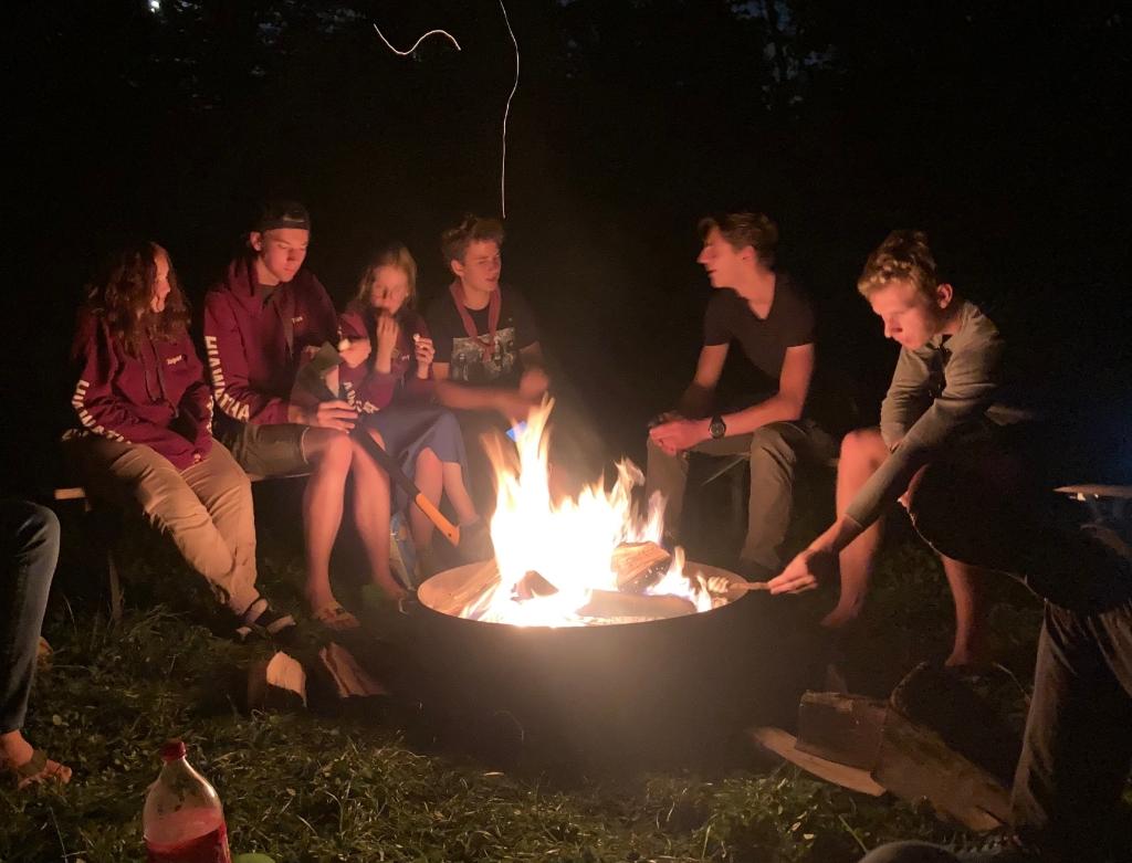 Kampvuur zomerkamp explorers Scouting Hiawatha © BDU Media