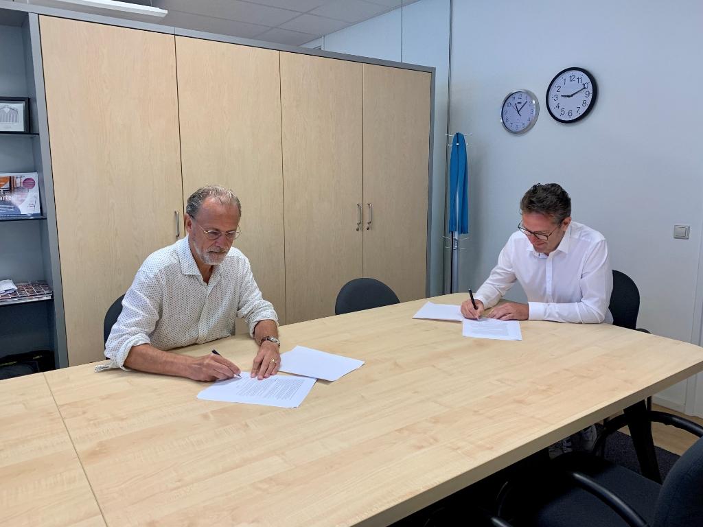 Ondertekening van de meerjaren samenwerkingsovereenkomst Janneke de Jong  © BDU media