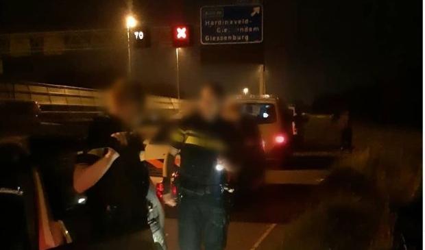 Een rijstrook van de A15 werd afgezet omdat de verkeersveilligheid in het geding was