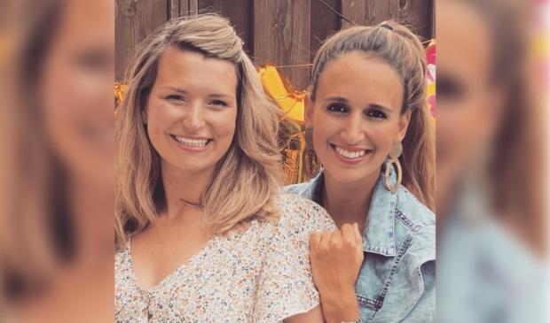 <p>Links Susanne en rechts Michelle.</p>