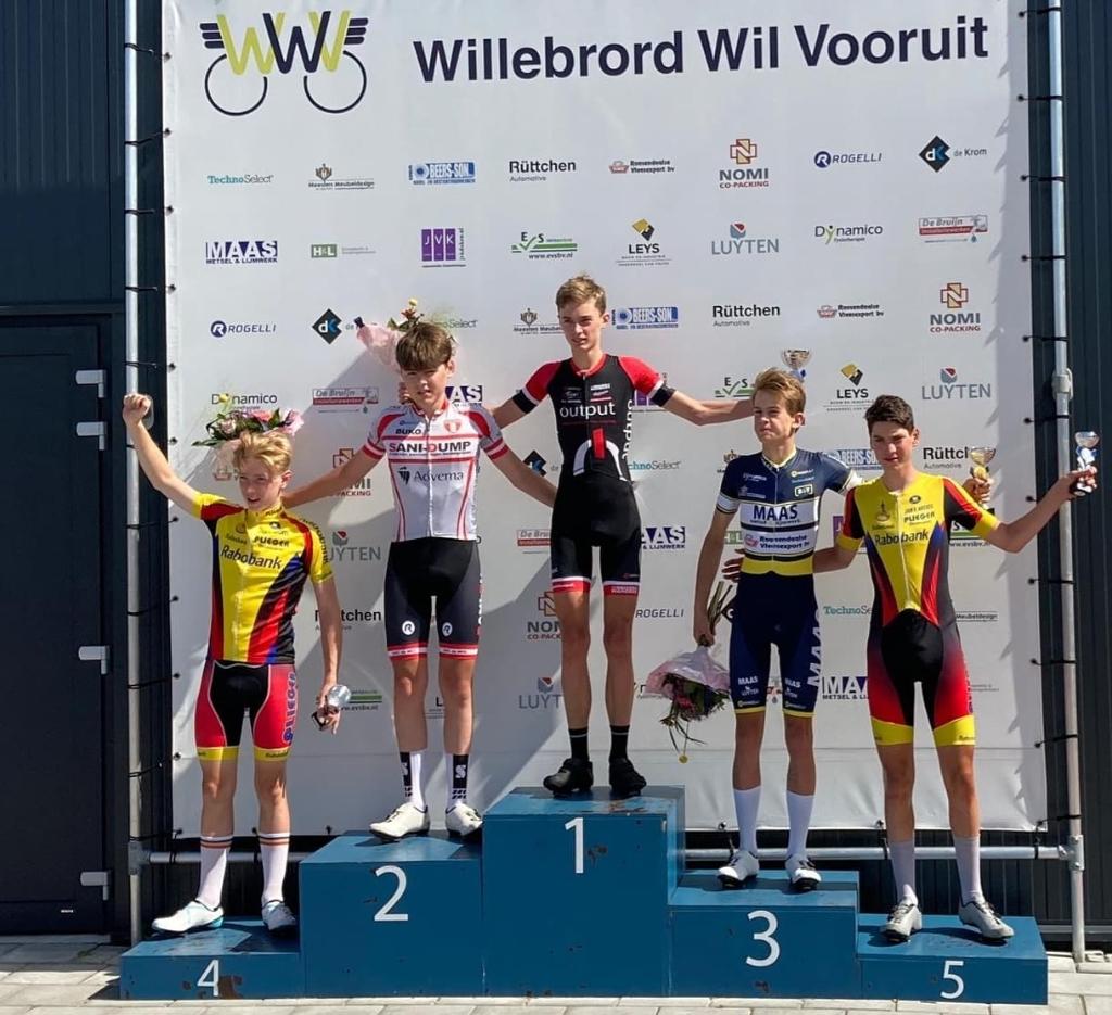 In Rucphen werden Thijs Wemmers en Jost van de Streek vierde en vijfde Jan van Arckel © BDU media