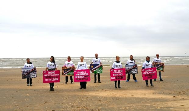 <p>Vorig jaar hield Bont voor Dieren ook al een protestactie op het Zandvoortse strand.</p>