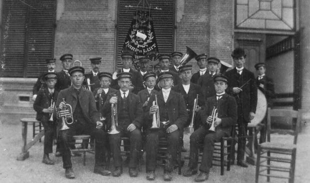 Harp & Luit in de beginjaren (rond 1920)