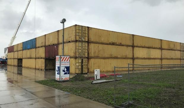 <p>Op de Rijnlanderweg wordt momenteel met zeecontainers een proef gedaan met geluidsarm bouwen.&nbsp;</p>