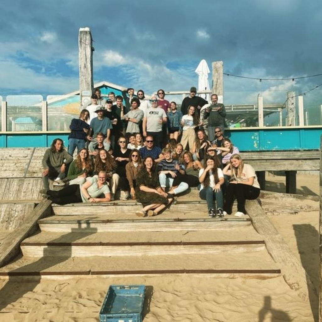 Deze mensen zou je kunnen tegenkomen bij Hightide Food & Surf. Hightide © BDU Media