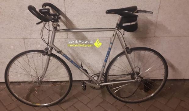 De politie verspreidde deze foto van de fiets om de identiteit van de man te achterhalen Politie © BDU Media