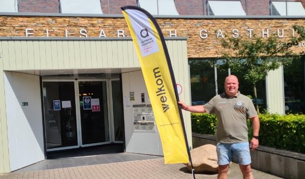 Rick Bent is blijf dat het Alzheimer Café weer open kan.