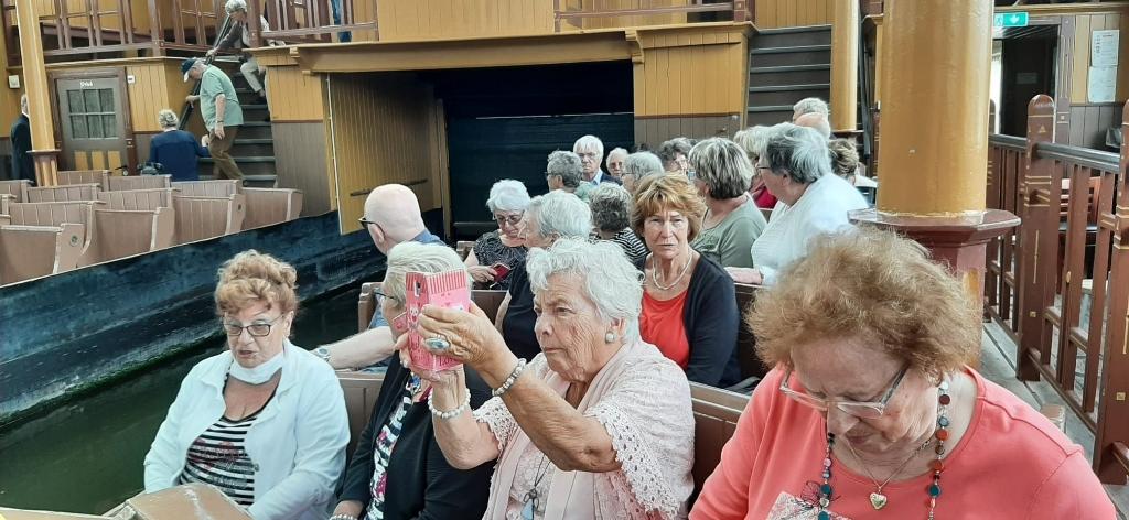 Wijkse ouderen gaan weer op stap WABO © BDU media