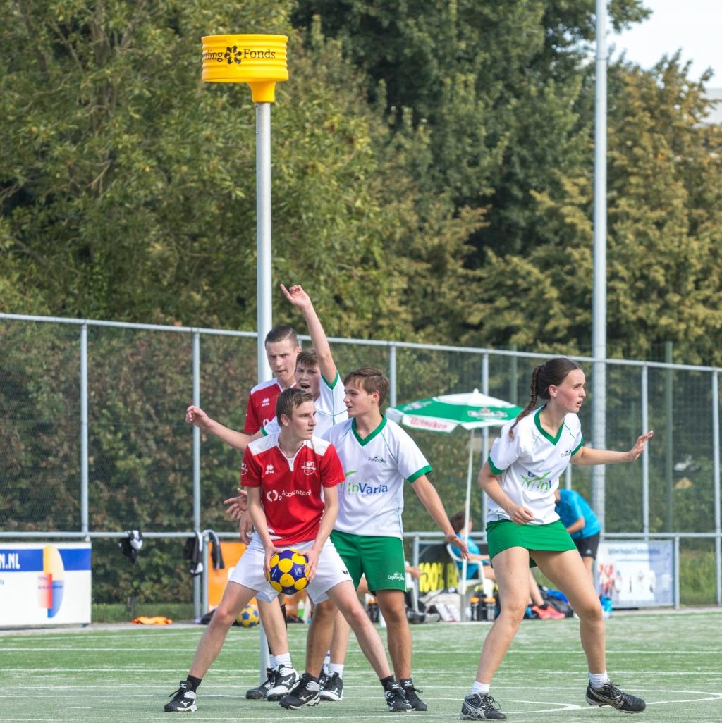 """,,Doordat we een gemengde sport beoefenen, zijn er ook veel gemengde vriendengroepen."""" SKC Merwede © BDU media"""
