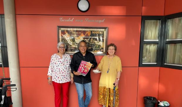 <p>MIRO Indonesian Flavours verrast de bewoners van wooncomplex &lsquo;De Gordel van Smaragd&rsquo; met een lekker hapje</p>