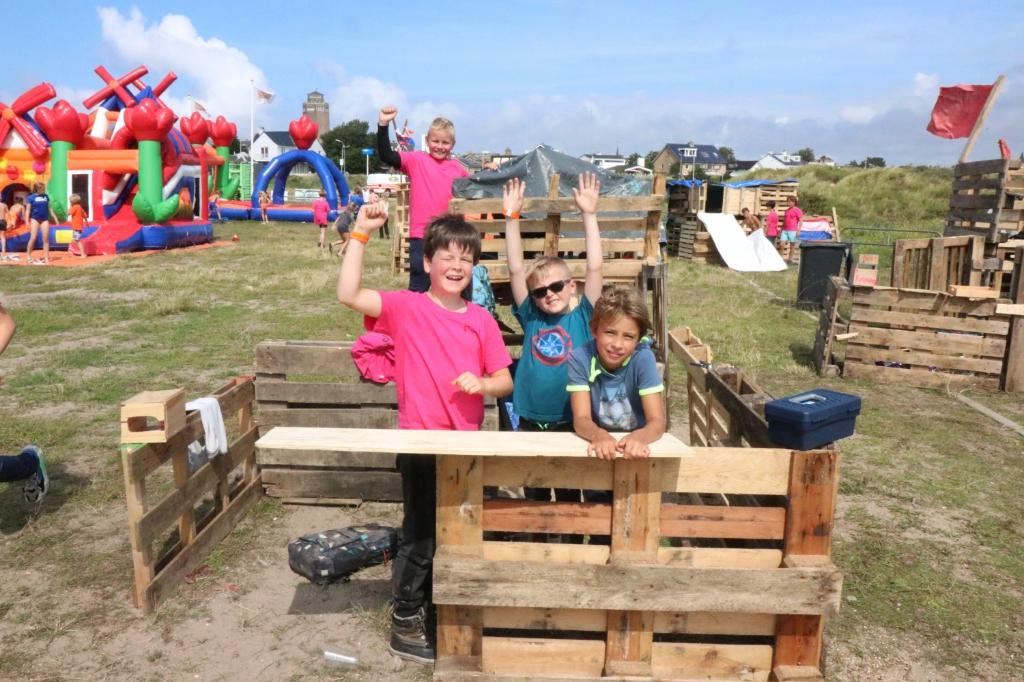 De Bunker. Gebouwd door Davey, Flynt, Max en Darius. Wijnand Burger © BDU Media